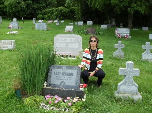 andy warhol grave
