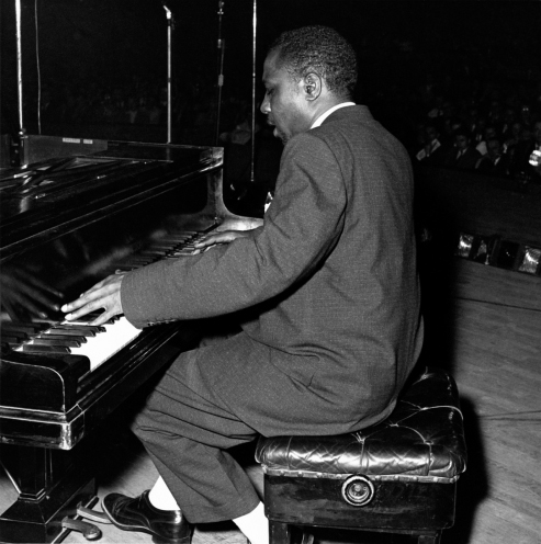 thelonious_monk_at_salle_pleyel_1954_marcel_fleiss_small_ag