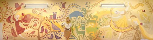 claire-and-mural1