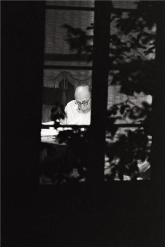 stravinsky in window MHG