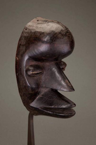 Dan We Mask