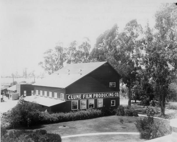 Clune Studio 1916