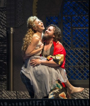 ENO Benvenuto Cellini - Corinne Winters, Michael Spyres (c) ENO_Richard Hubert Smith
